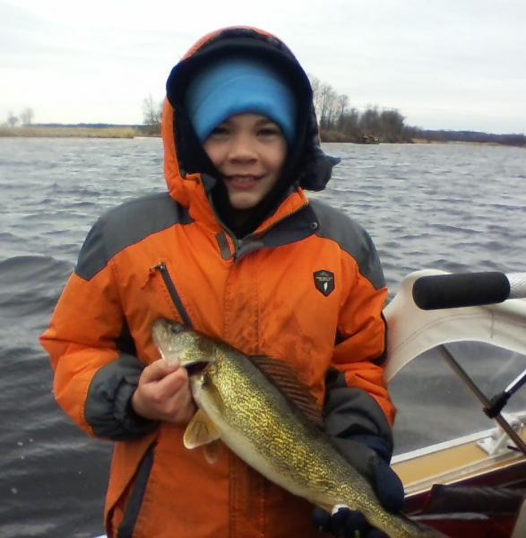 Oconto river 4 28 14 green bay fishing reports walleye for Oconto fishing report