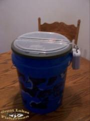 bucket1.jpg