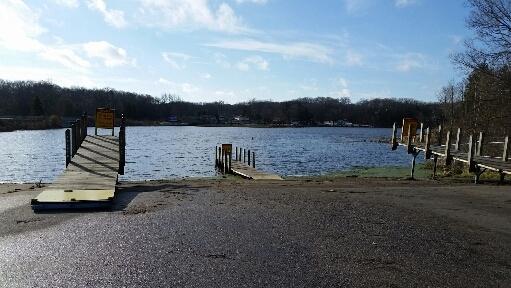 Holland port sheldon ramps 11 29 16 michigan waters for Sheldon lake fishing