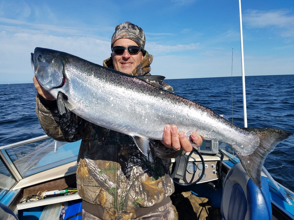 Muskegon 5/9 am - Michigan Waters Fishing Reports - Salmon