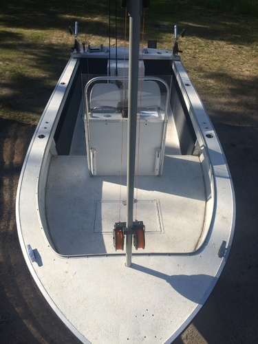 [for sale] 18' Starcraft center console boat $5000 or best